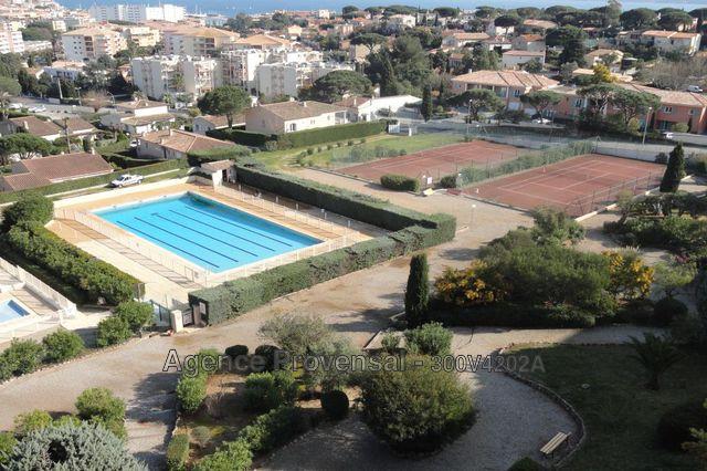Studio f1 dans residence avec piscine a vendre a sainte for Piscine ste maxime