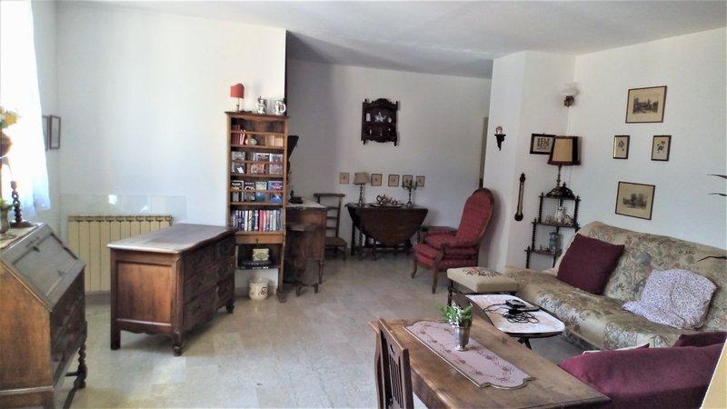 Appartement  T4 de 88 m2 Balcon + Cave + Parking Parc RAMBOT Aix En Provence