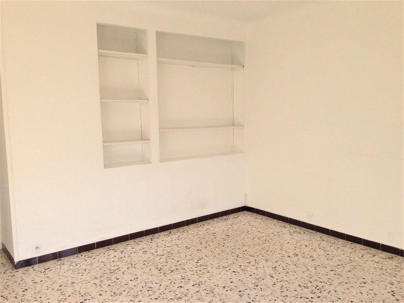 appartement t4 appartement aix en provence sud gestion. Black Bedroom Furniture Sets. Home Design Ideas