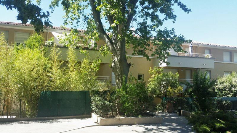 Appartement t3 de 86m2 jardin box parking cave parc - Jardin aix en provence ...