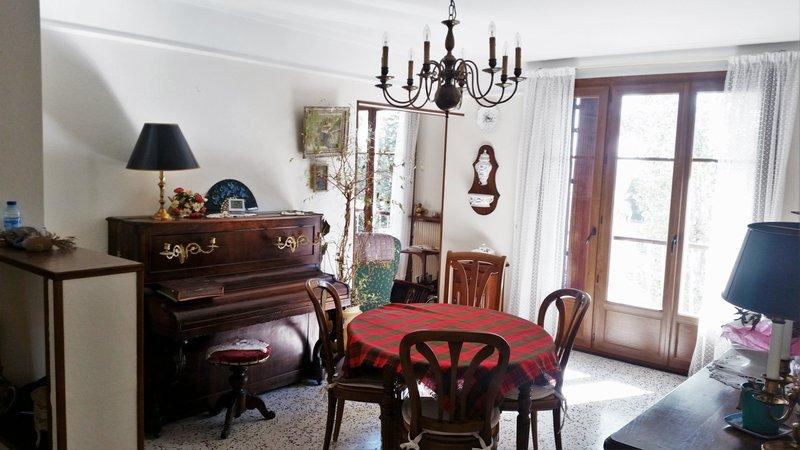 appartement t4 de 74m2 double vitr clim cave portail c zanne aix en provence sud gestion. Black Bedroom Furniture Sets. Home Design Ideas