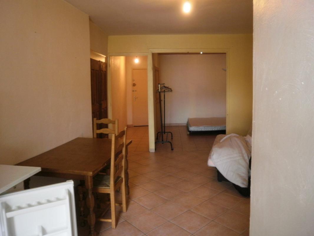 Appartement  T1 STUDIO Hyper centre Digne Les Bains
