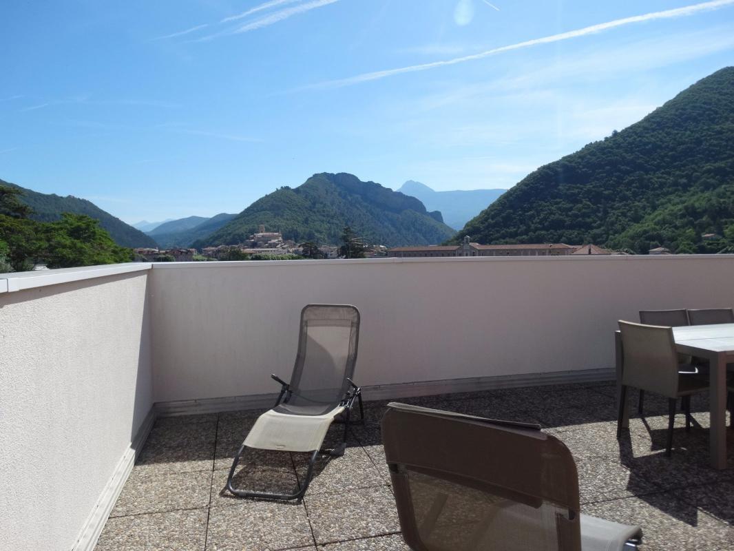 Appartement  T3 RARE SUPERBE Type 3 de 95 m2 avec 97 m2 de Terrasse Digne Les Bains