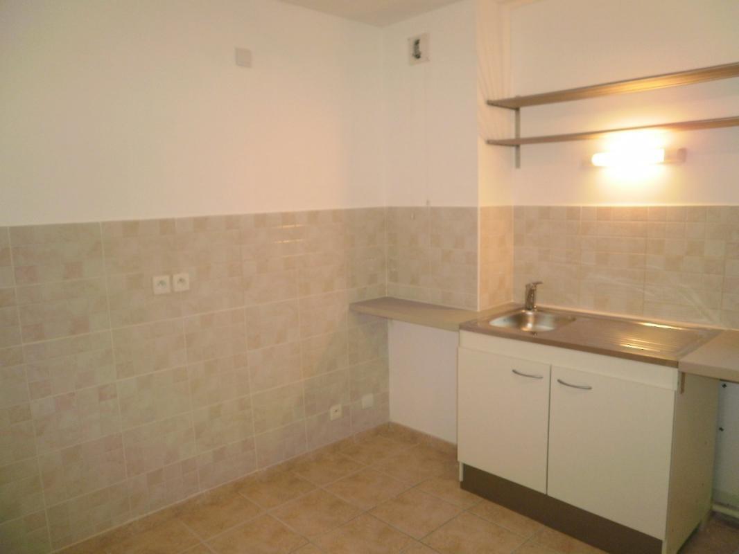 Appartement  T4 DIGNE, APPARTEMENT T4 avec cave et garage Digne Les Bains
