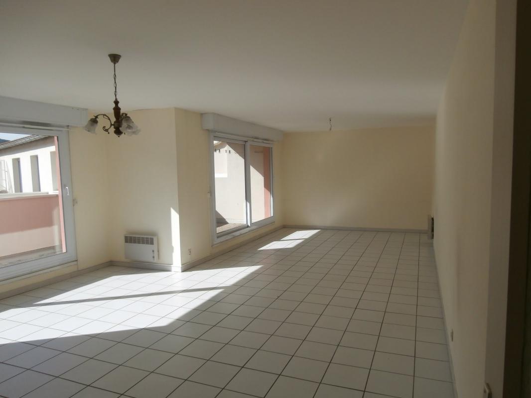 Appartement  T4 DIGNE, APPARTEMENT T4 AVEC TERRASSE Digne Les Bains