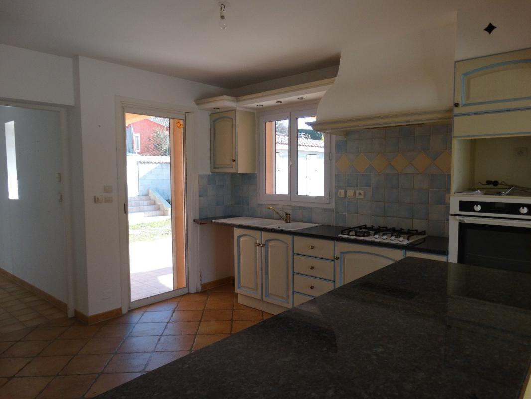 Villa Récente Type 5 de 130 m2 avec Piscine