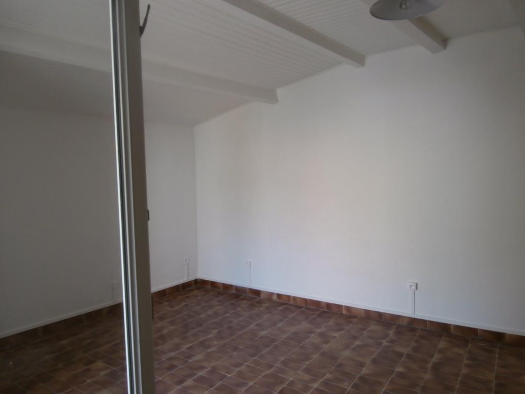 Appartement  T1 DIGNE, APPARTEMENT TYPE 1 avec terrasse Digne Les Bains