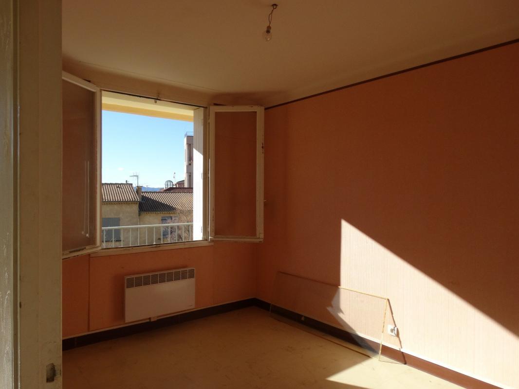 Appartement  T4 Appartement type 4 de 65 m2 garage et cave Digne Les Bains
