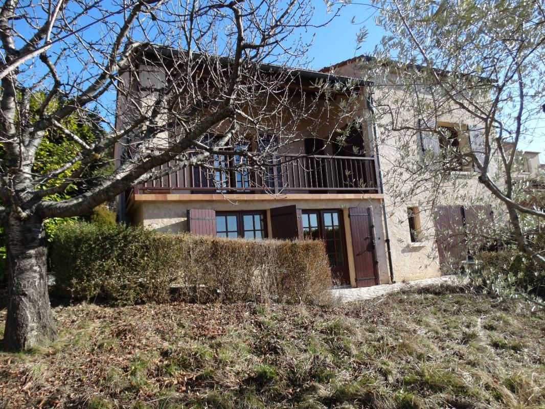 maison type 4 de 126 m2 avec grand garage sur 551 m2 de terr terres et habitat de provence. Black Bedroom Furniture Sets. Home Design Ideas