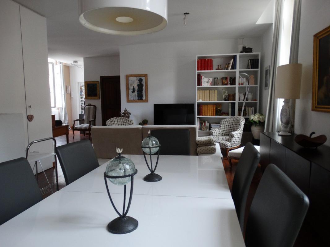 NOUVEAU ! Bel Appartement atypique de type 2 de 70 m2