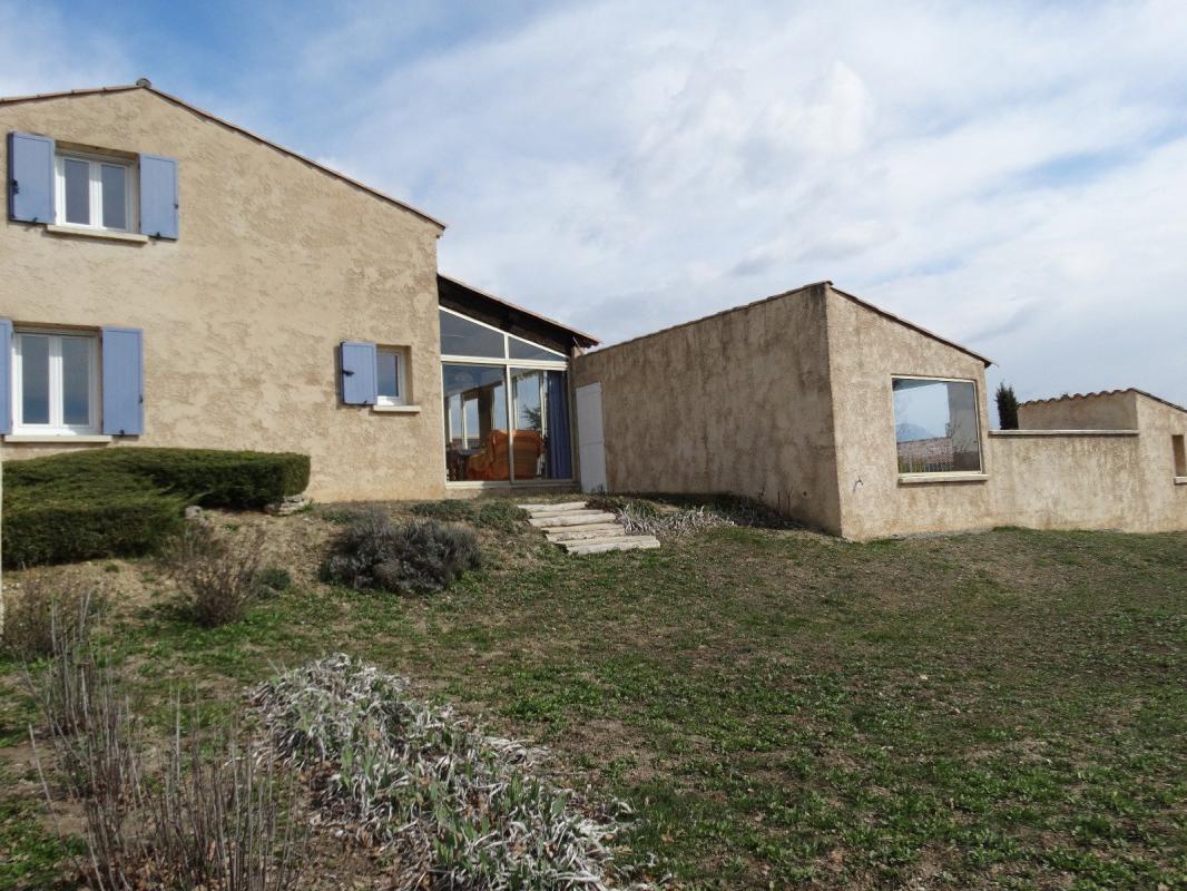 Nouveau exclusivit maison type 5 avec piscine sur 2610 m2 for Acheter maison en provence