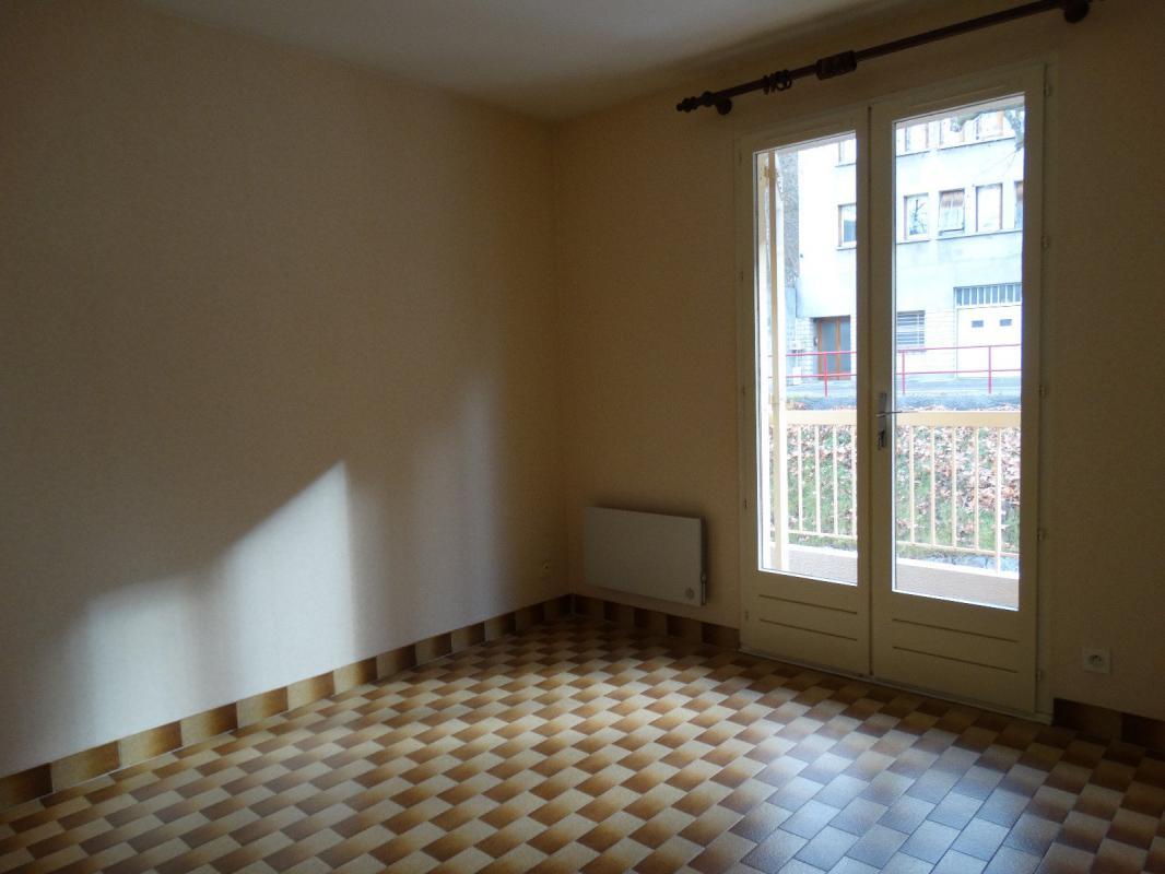 Appartement  T2 Type 2 avec garage Proche centre Digne Les Bains