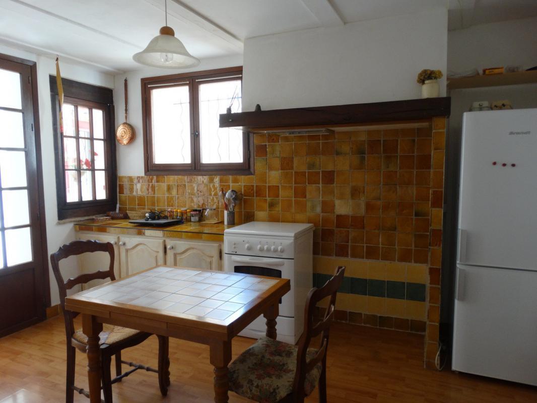 DIGNE, appartement de type 3 de 80 m2 avec jardin