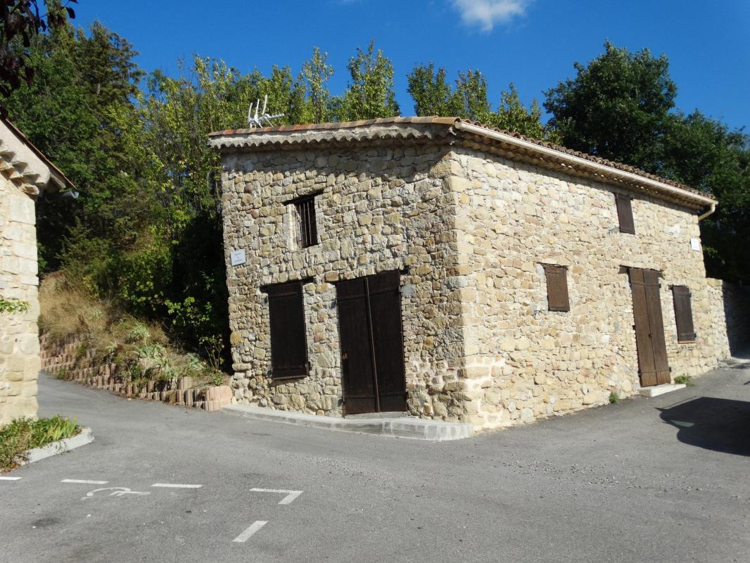 Maison  T3 MAISON DE VILLAGE Digne Les Bains