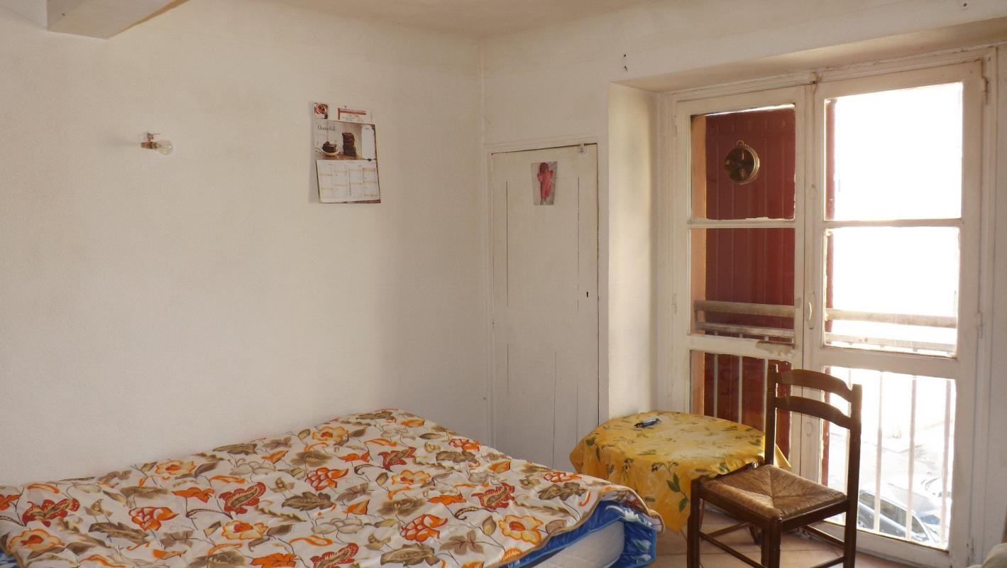 appartement t1 studio de 25 m2 dans centre historique manosque immo manosque. Black Bedroom Furniture Sets. Home Design Ideas