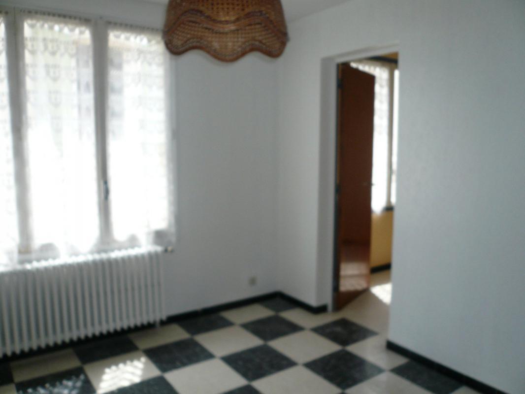 Maison  T4 Volx (04130), Maison de village T4 de 75m2 au coeur du villa Volx