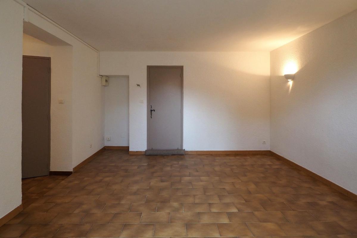 Appartement  T1 APPARTEMENT DE TYPE T1 PROCHE VILLETTE Manosque