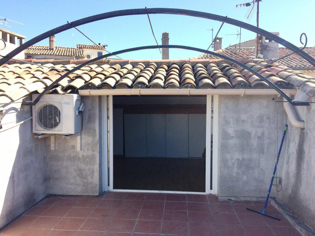 maison t4 maison de village t4 de 92 m2 avec garage dans le centre his manosque immo manosque. Black Bedroom Furniture Sets. Home Design Ideas
