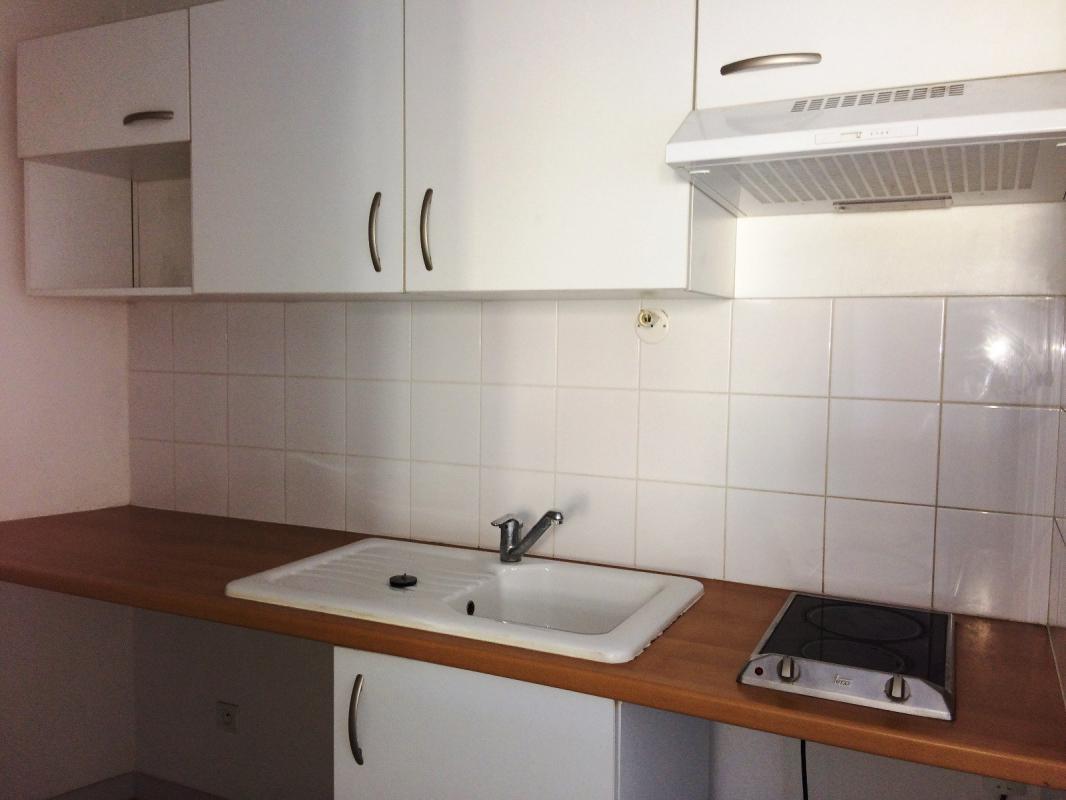 Appartement  T3 APPARTEMENT T3 LUMINEUX DE 55 M2 QUARTIER DU FORUM Manosque