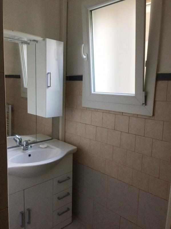 Appartement  T4 APPARTEMENT T4 PROCHE ECOLE ST LAZARE Manosque