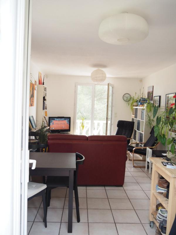 Appartement  T3 jolie T3 avec vue magnifique A PIERREVERT Pierrevert