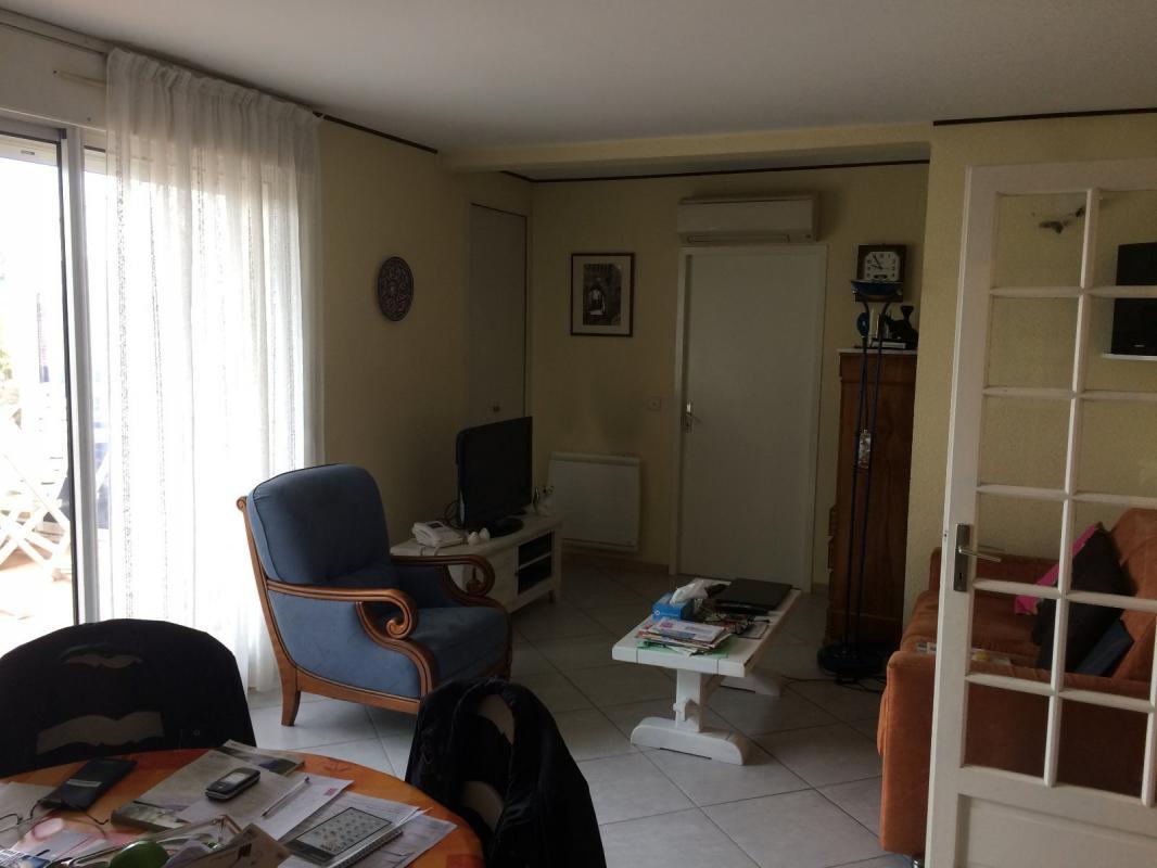 Appartement t3 tr s bel appartement t3 de 100m2 avec for Appartement balcon terrasse