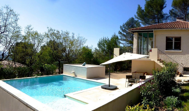 maison t6 superbe villa 6 pieces de 230 m2 sur 3500 m2 de terrain pierrevert immo manosque. Black Bedroom Furniture Sets. Home Design Ideas