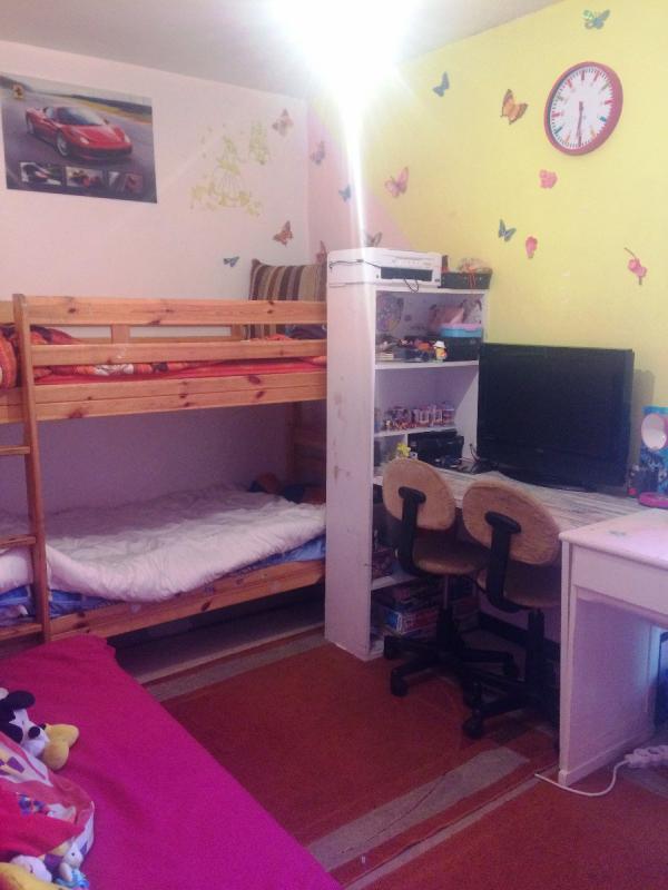 Appartement  T3 APPARTEMENT T3 DE 60 M2 A RENOVER DANS RESIDENCE PROCHE CENT Manosque