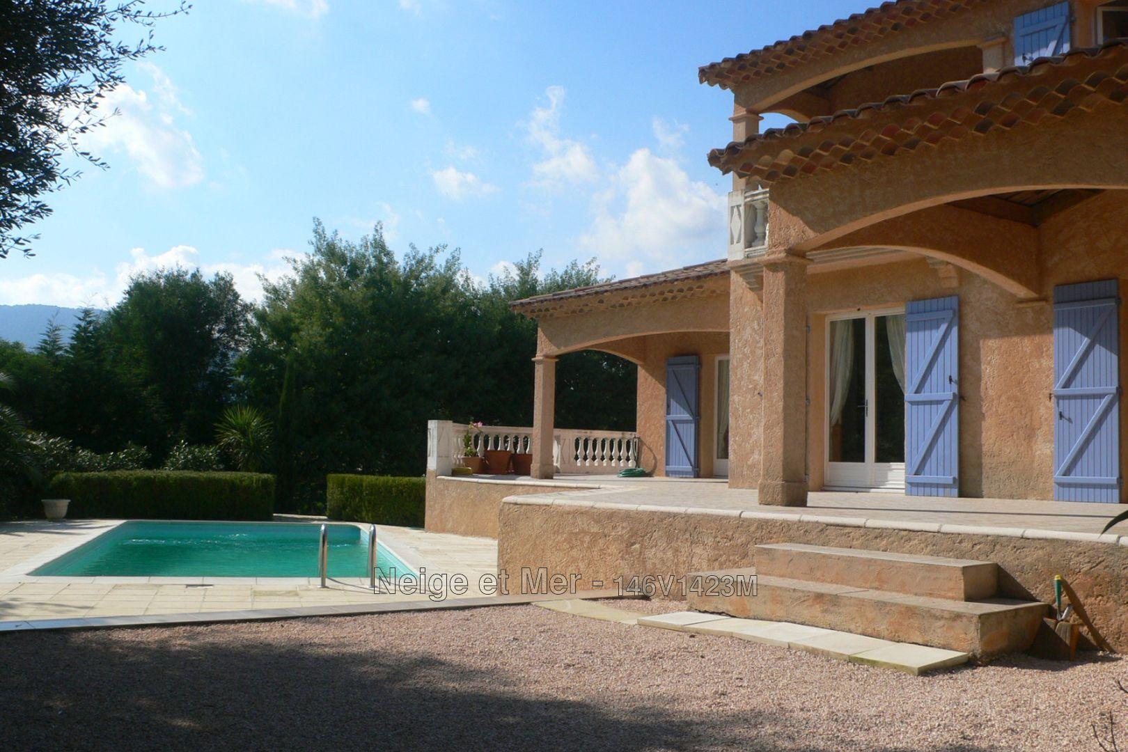 villa trois chambres studio piscine Sainte-Maxime