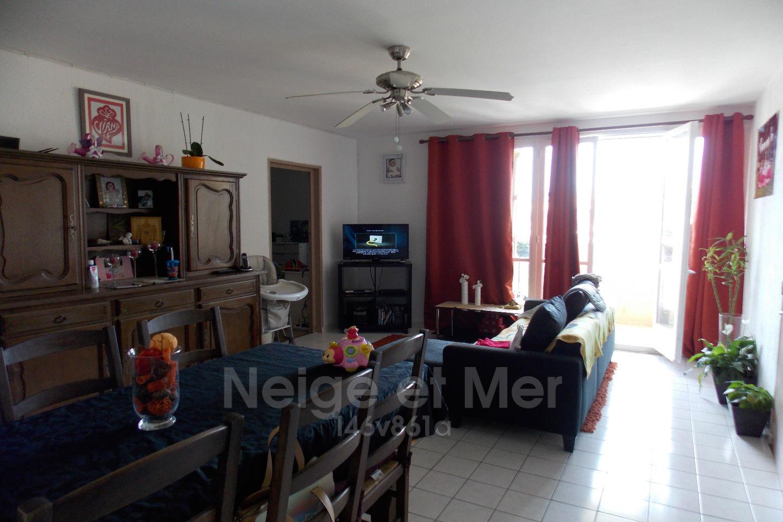 Appartement  trois chambres dernier étage cave parking Sainte-Maxime