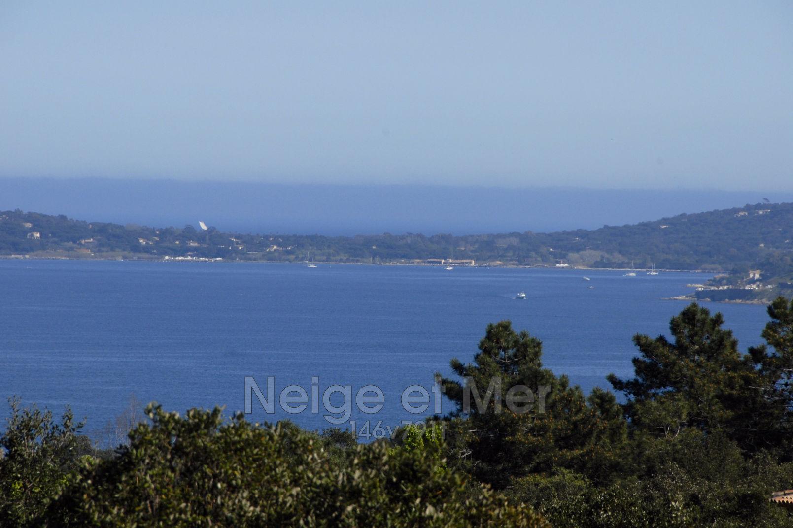 terrain  vue mer Grimaud