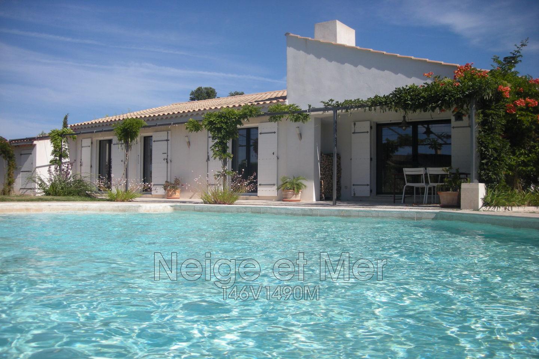 Maison villa villa t4 piscine grimaud sainte maxime var for Piscine sainte maxime