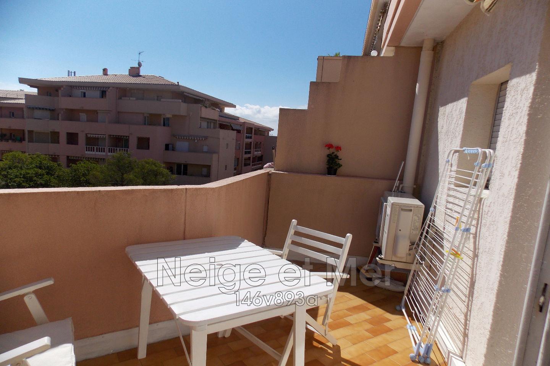 Appartement 2 pièces Sainte-Maxime centre ville dernier étage