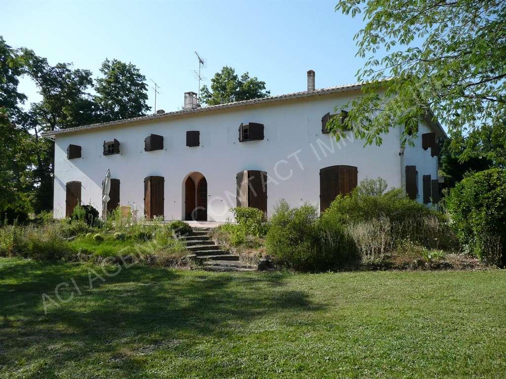 Maison bourgeoise T10 Mont De Marsan