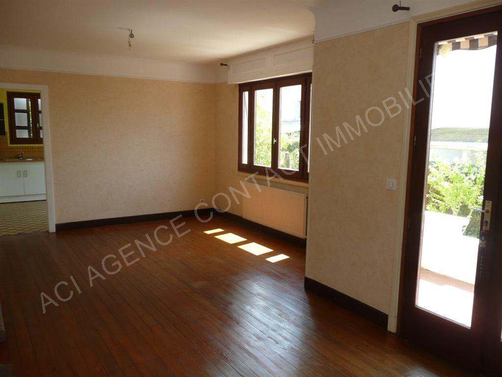 maison t6 mont de marsan agence contact immobilier. Black Bedroom Furniture Sets. Home Design Ideas