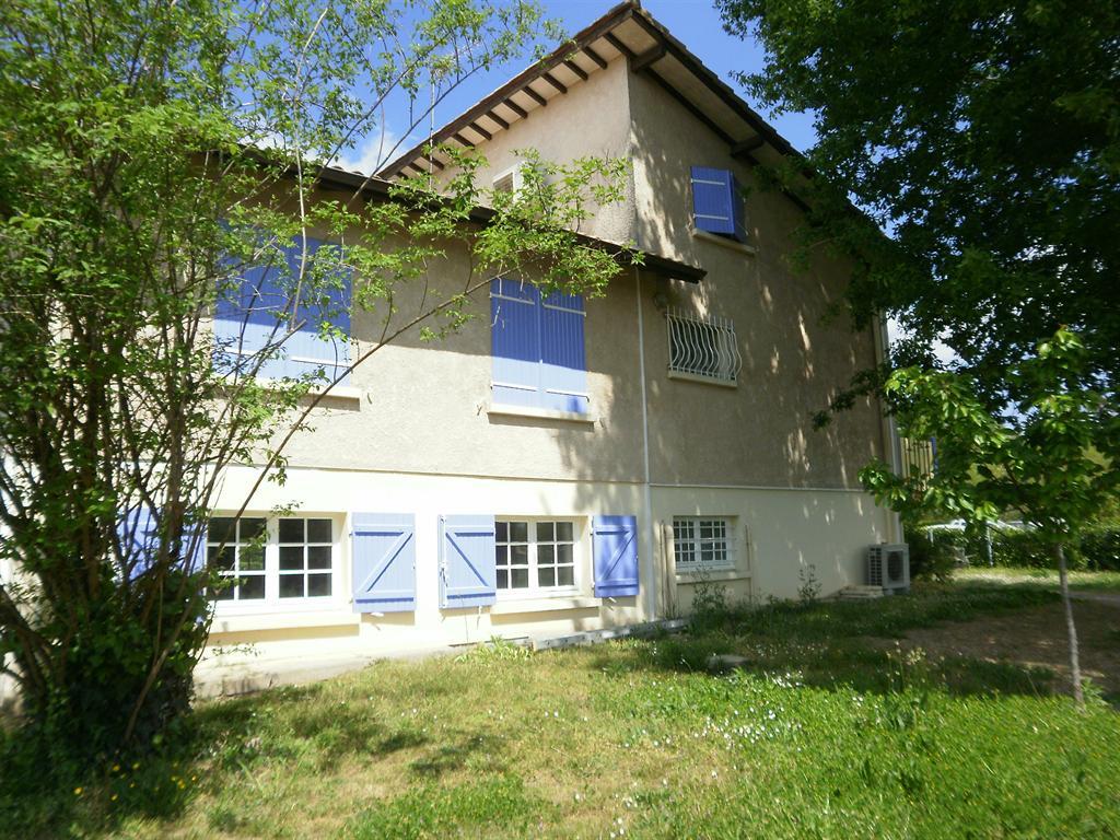 Grande Maison 5 chambres et un appartement 15 minutes de Mont De Marsan