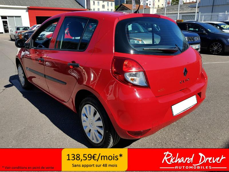 renault clio berline 1 2 16v 75ch express clim 5p vente voiture villeurbanne richard drevet. Black Bedroom Furniture Sets. Home Design Ideas