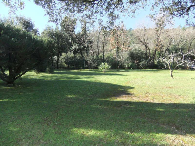 VILLA T4 MEOUNES LES MONTRIEUX sur magnifique terrain paysagé avec piscine sans aucun vis à vis.