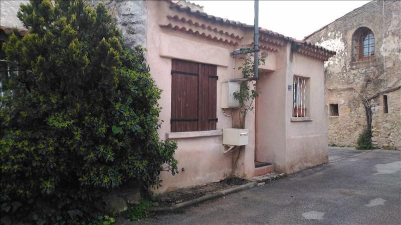 MAISON T4 STE ANASTASIE SUR ISSOLE avec sa terrasse sans vis à vis et son garage.