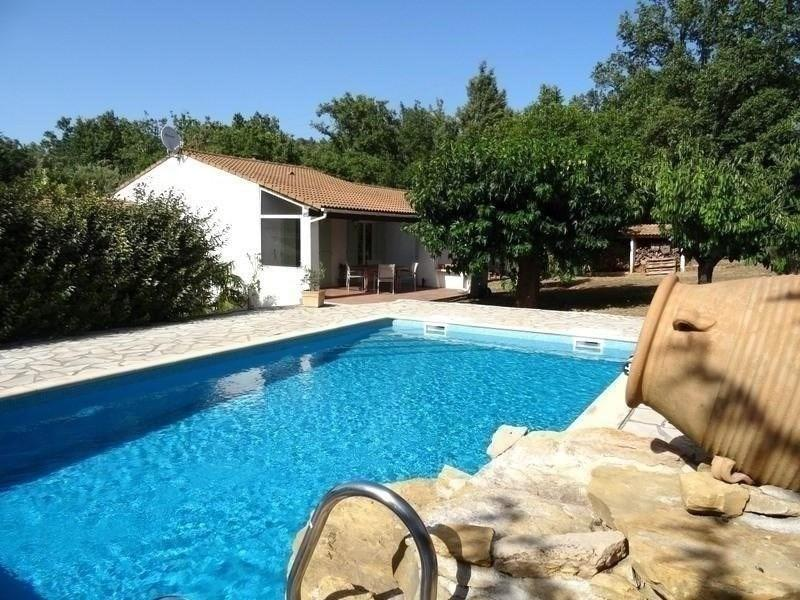 VILLA T6 GAREOULT avec piscine et garage
