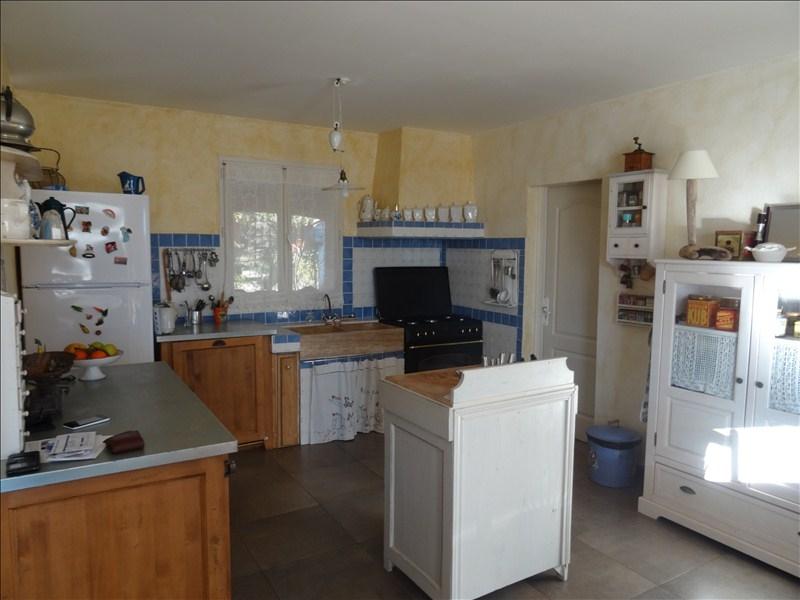 VILLA T6 GAREOULT comprenant deux logements indépendants