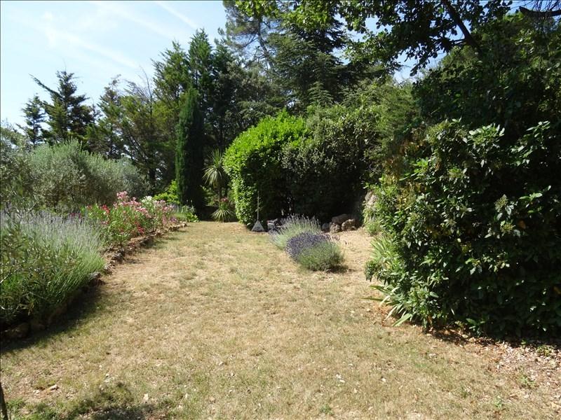 VILLA T4 LA ROQUEBRUSSANNE Dans un cadre champêtre en postion dominante et au calme!