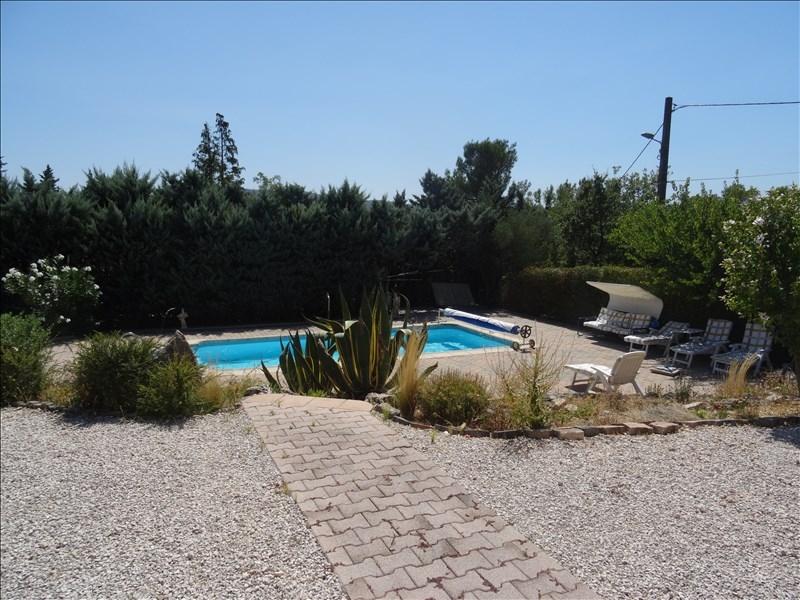 Villa t4 gareoult de plain pied avec piscine et for Piscine 8x3