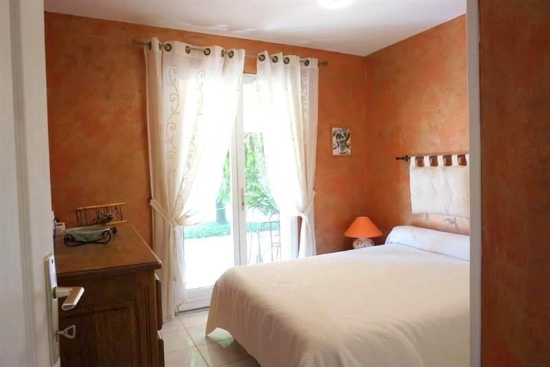Maison villa t5 gareoult agence immobiliere sweet home - Deux maisons sur un seul terrain ...