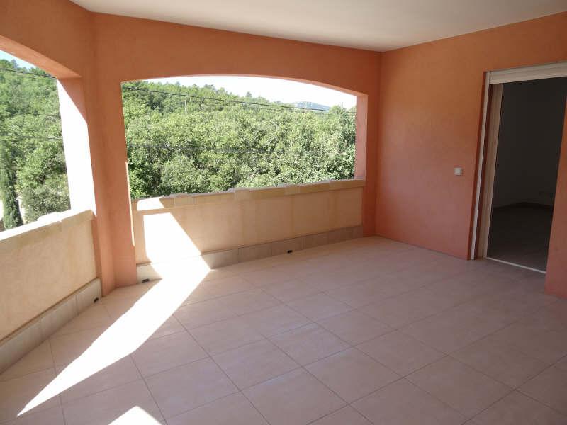 APPARTEMENT T3 ROCBARON ROCBARON : Location d'un bel appartement de type 3 avec 2 chambres