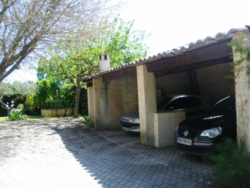 VILLA T7 GAREOULT Dans le village, possibilité 2 logements.