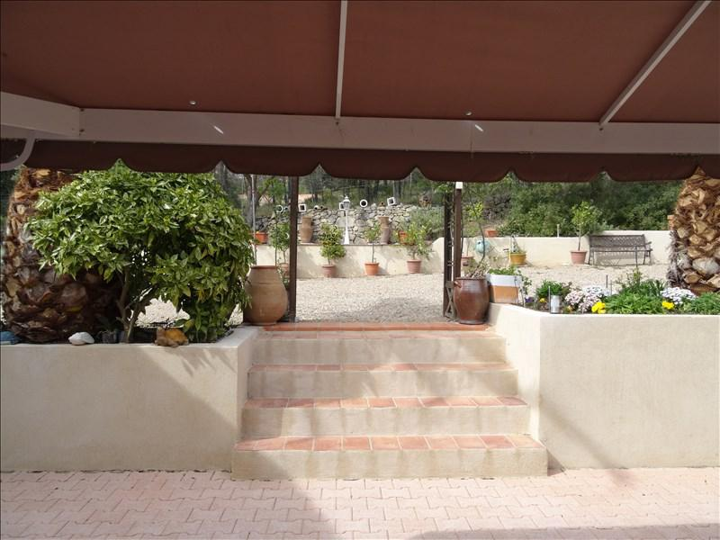 MAISON MITOYENNE T4 Sainte anastasie Au calme, 3 chambres et jardin.