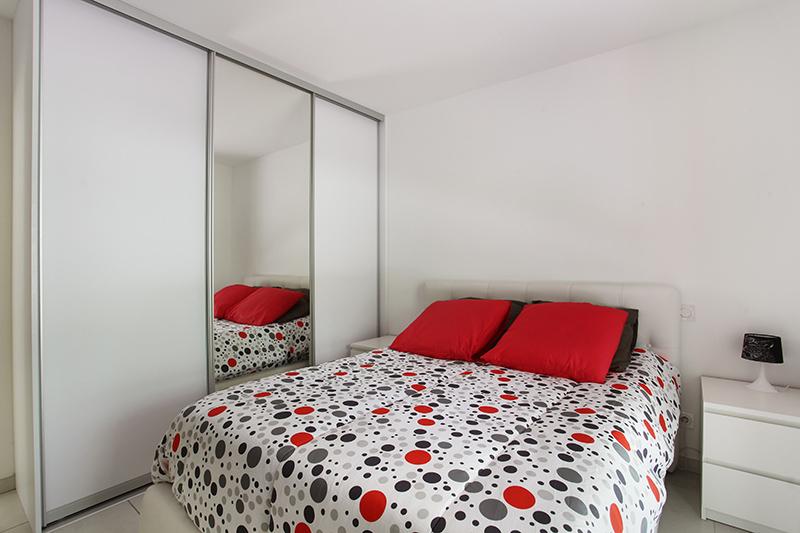un appartement t3 int rieur d 39 exception avec jardin et. Black Bedroom Furniture Sets. Home Design Ideas