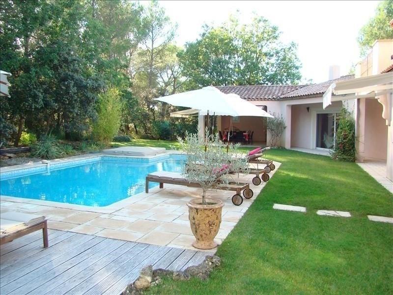 Une belle propriété dans la Nature avec 2 Villas