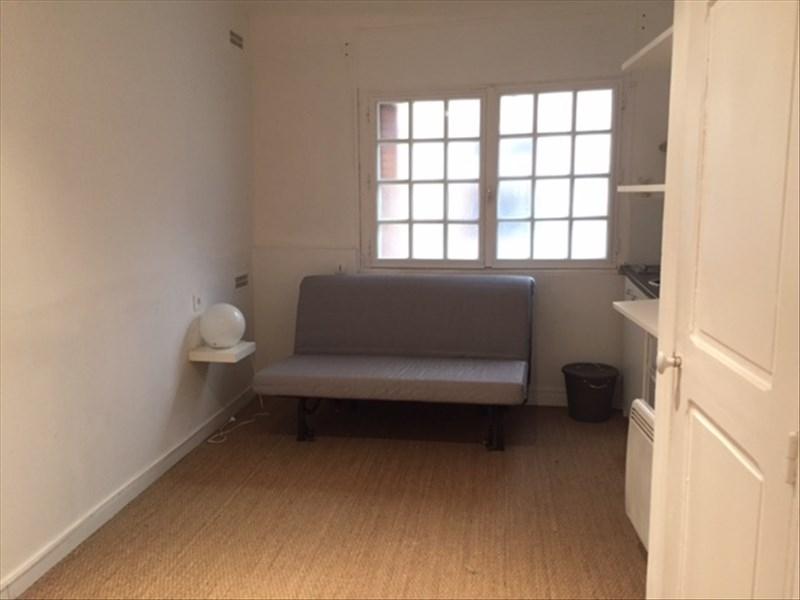 aix en provence centre ville rdc studio meuble et. Black Bedroom Furniture Sets. Home Design Ideas